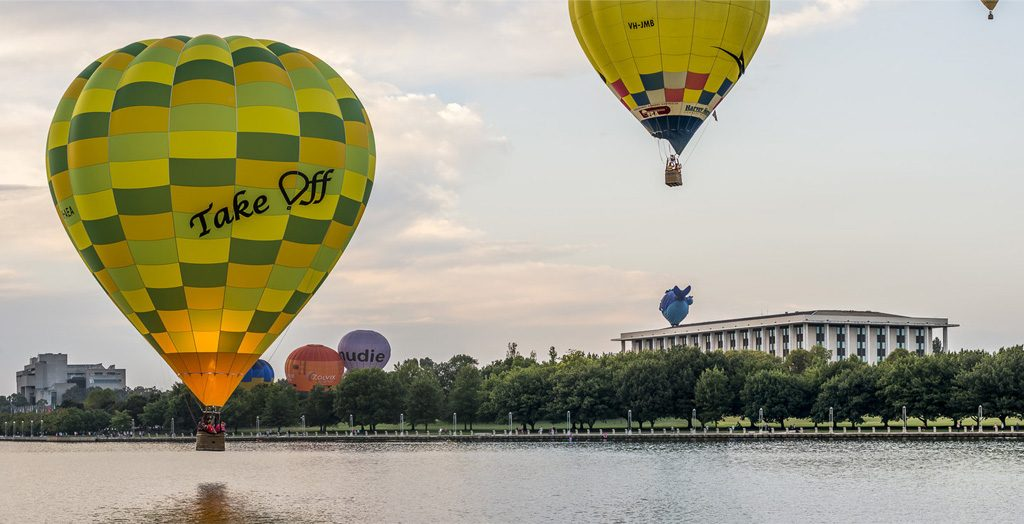 Canberra Balloons Photograph © Copyright 2019 Bremer Sharp Photography. All Rights Reserved. Available at: https://www.bremersharp.com/